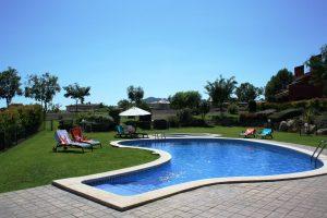 Villa Marigolf piscine 2 redimensionnée